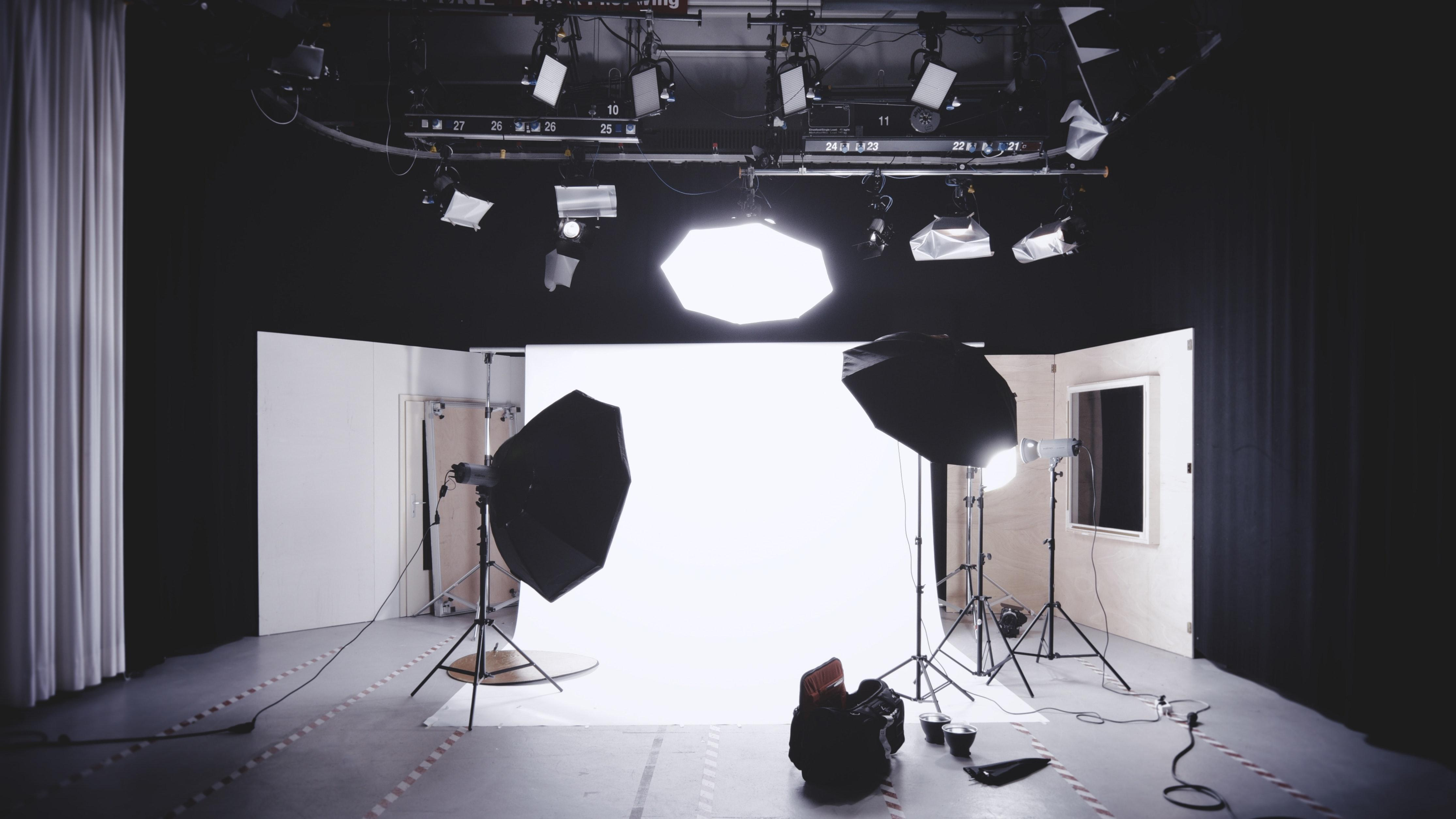 Top tips for ensuring a successful, creative and smooth photoshoot.
